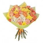 Букет из желтых хризантем и роз