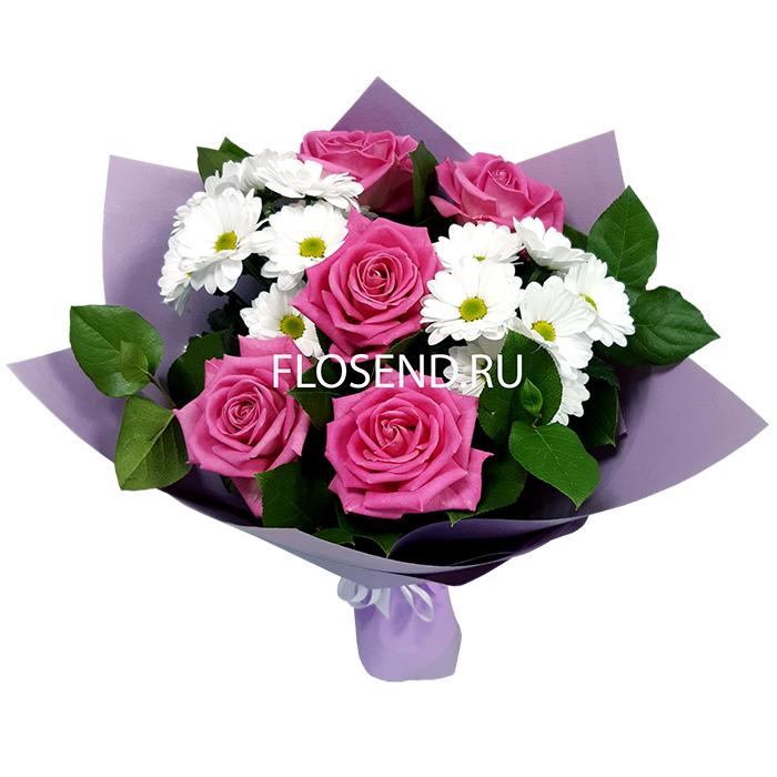 Букет из 5 роз и 2 хризантем
