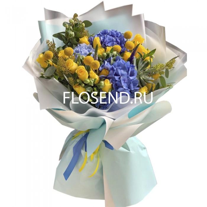 Букет из 3 гортензий и желтых роз