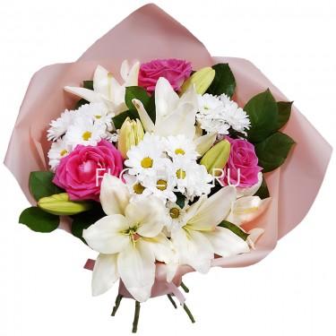 Букет из лилий и хризантем и роз